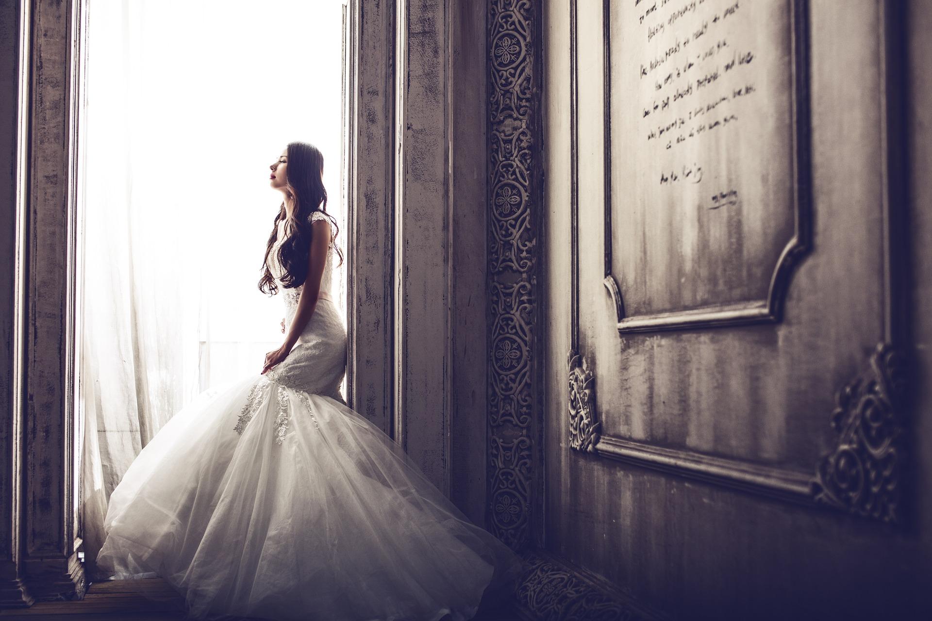 アラフィフで婚活して結婚できました、ウエディングドレス選び