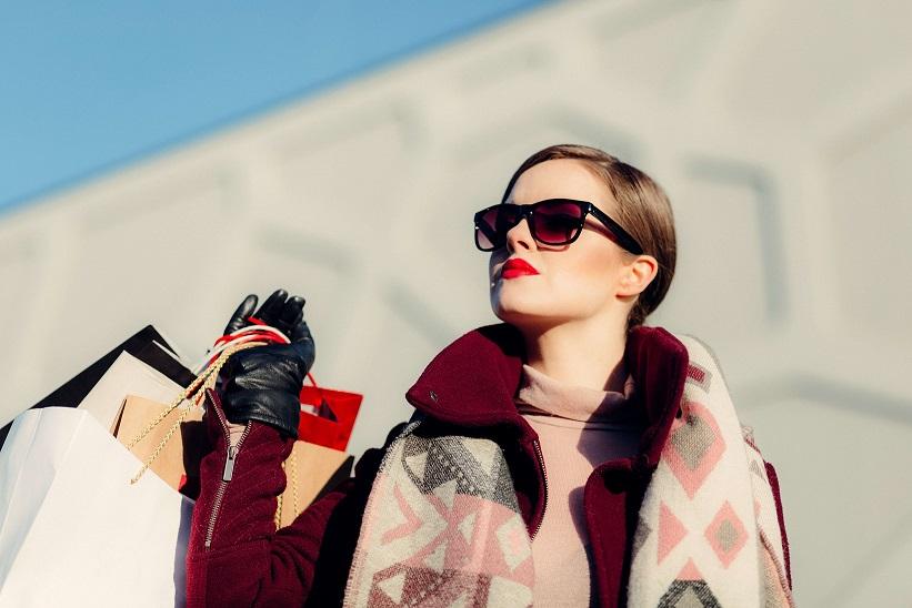 秋冬ファッションレディースコーデの定番アイテム